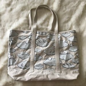 "Uniqlo x KAWS Bags - UNIQLO × KAWS ""SICK CLOUDS"" COLLECTION TOTE"